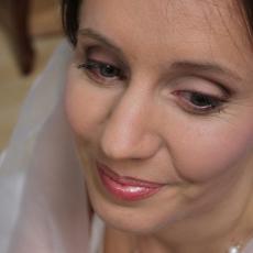 http://images.bmakeup.fr/bmakeup-images/1382889684661.jpg